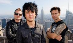 GREEN DAY Against Banning 'American Idiot'