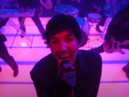 Bring Me The Horizon DiE4u music video